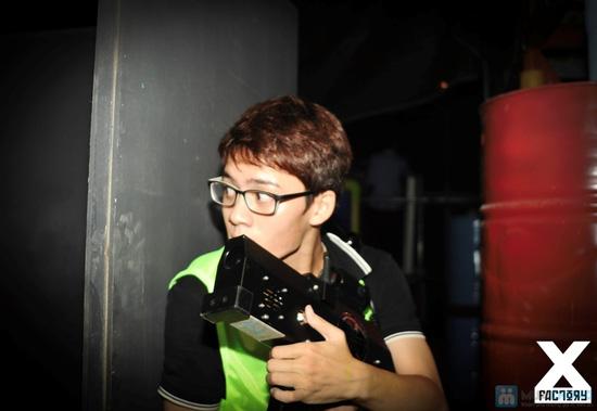 Bắn súng laze tại X-Factory - 1