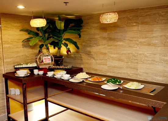 Buffet Giáng sinh 100 món Âu Á, Lẩu thập cẩm,Nướng tại Khách sạn Prestige - Chỉ với 530.000đ - 52