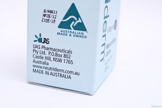 Neutriderm (kem dưỡng da vitamin E thành phần bột keo Yến Mạch) - 4