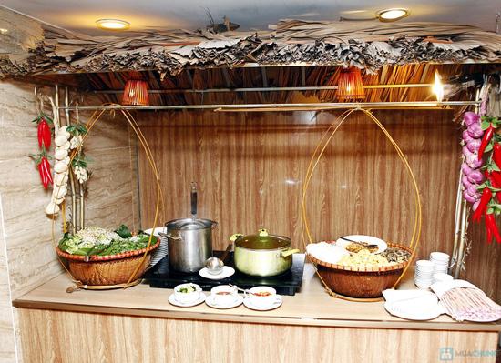 Buffet Giáng sinh 100 món Âu Á, Lẩu thập cẩm,Nướng tại Khách sạn Prestige - Chỉ với 530.000đ - 1