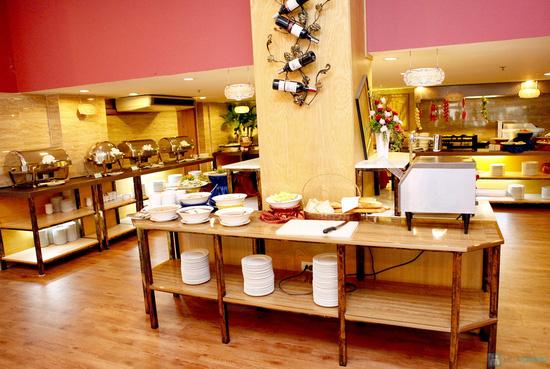 Buffet Giáng sinh 100 món Âu Á, Lẩu thập cẩm,Nướng tại Khách sạn Prestige - Chỉ với 530.000đ - 55