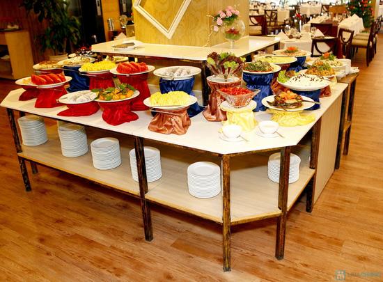 Buffet Giáng sinh 100 món Âu Á, Lẩu thập cẩm,Nướng tại Khách sạn Prestige - Chỉ với 530.000đ - 51