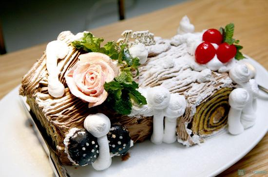 Buffet Giáng sinh 100 món Âu Á, Lẩu thập cẩm,Nướng tại Khách sạn Prestige - Chỉ với 530.000đ - 42