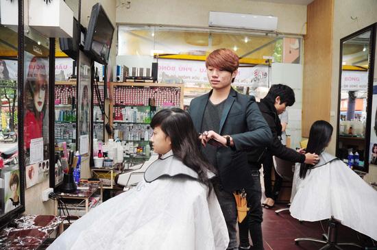 Lựa chọn 01 trong 03 gói dịch vụ làm tóc Cắt + Nhuộm hoặc Cắt + Ép hoặc Cắt + Uốn tại Salon tóc Kim Đức - Chỉ với 550.000đ - 5