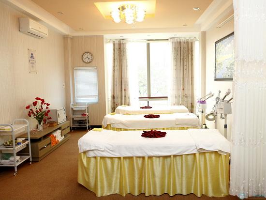 Massage body bấm huyệt thư giãn bằng thảo dược thiên nhiên tại Diệu Ánh Spa- Chỉ với 125.000 đ - 6