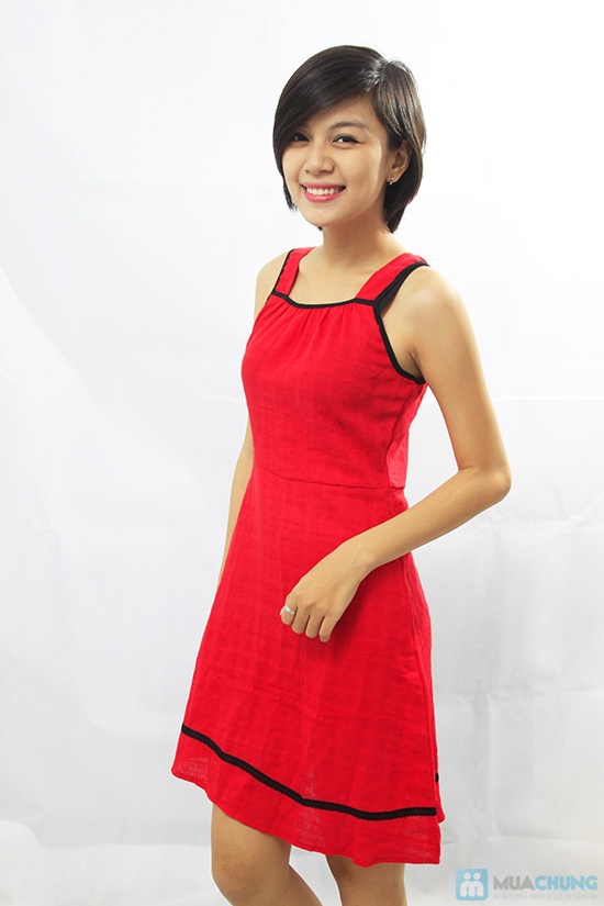 Đầm đỏ sát nách - Thoải mái khi ở nhà - Chỉ 80.000đ/ 01 chiếc - 2