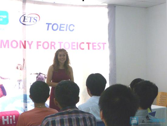 Khóa học Hi! TOEIC hoặc Hi! Connect + Thực hành đề thi TOEIC tại Trung Tâm Anh Ngữ Hi! Language School- Chỉ 100.000đ được phiếu 4.100.000đ - 8