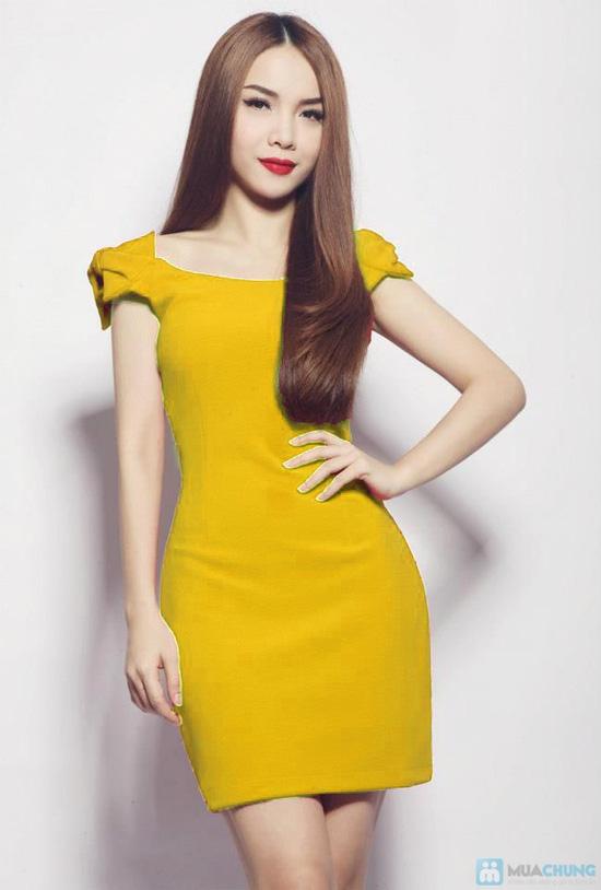 Đầm nơ rớt vai Ngọc Trinh thời trang điệu đà dành cho