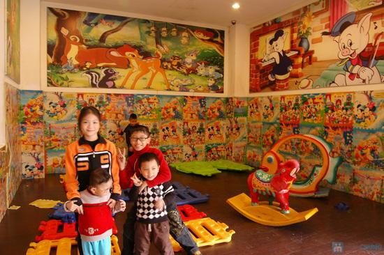 Lẩu vịt Miền Tây, Tamoza, xúc xích Đài Loan nướng, bánh tôm tại Nhà hàng CHEN - Chỉ 480.000đ - 24