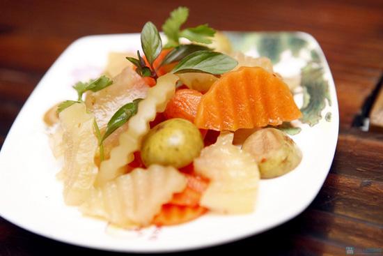 Món ăn đậm đà xứ Huế tại Nhà hàng Trăng Vĩ Dạ - 8