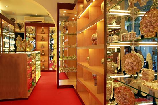 Voucher mua sứ mỹ thuật cao cấp vẽ vàng ròng bằng tay 100% tại Haidoco - chỉ với 100.000đ - 3