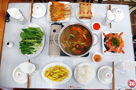 Set ăn Lẩu Cá Hồi đặc biệt cho 4 người tại Nhà hàng chả cá Hà Nội - Chỉ 249.000đ - 1