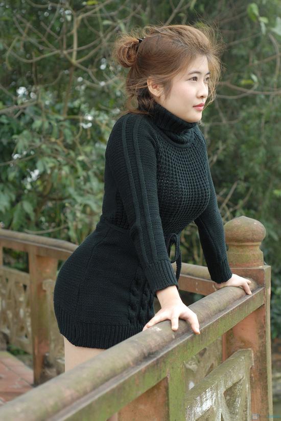 Áo váy len cổ lọ thắt dây eo - 6