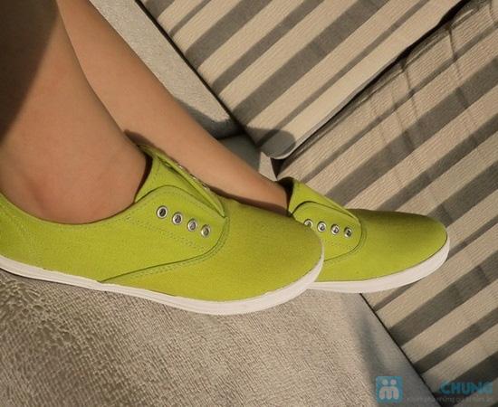 Giày nữ Aqua - Kiểu dáng Oxford 8 lỗ cá tính, không cần cột dây (size 36, 40) - Chỉ 152.000đ/đôi - 1