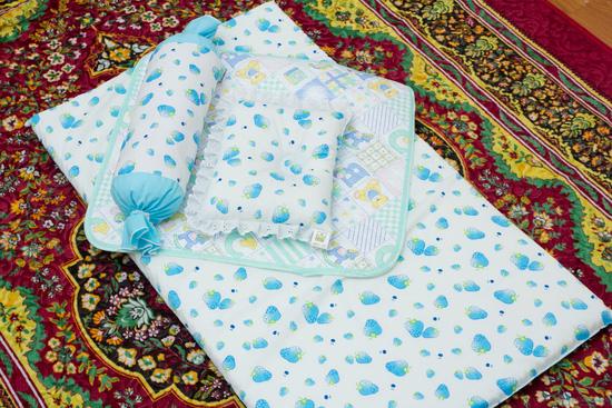 Bộ sản phẩm Đệm nằm, Gối ôm, gối đầu và miếng lót cho bé sơ sinh - 1