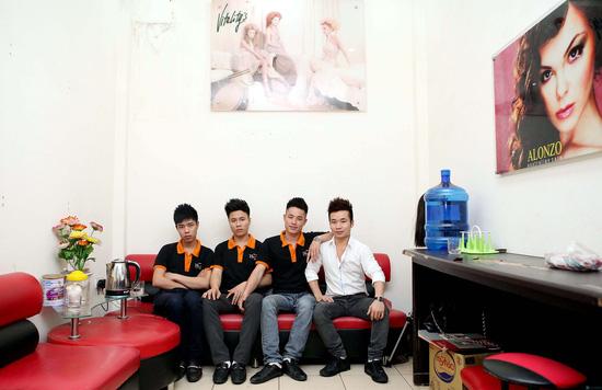 Cắt + Nhuộm, Uốn hoặc Ép Salon Việt Thanh - Chỉ với 480.000đ - 2