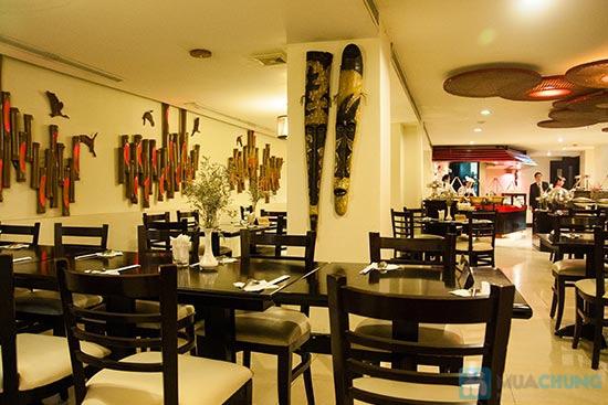 Buffet Gánh dành cho buổi trưa tại Khách sạn Bông Sen Quận 1 với hơn 40 món ăn đặc sắc 3 miền - Chỉ 319.000đ/ 1 người - 20