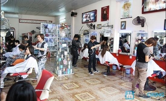 Dịch vụ uốn/duỗi/nhuộm + hấp dầu tóc tại Beauty Salon T&T - Chỉ 270.000đ - 5