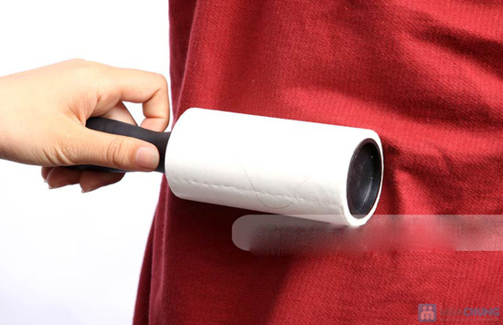 Nhẹ nhàng làm sạch bụi trên quần áo, chăn ga, gối nệm với Combo 02 cây lăn bụi - Chỉ với 60.000đ - 5