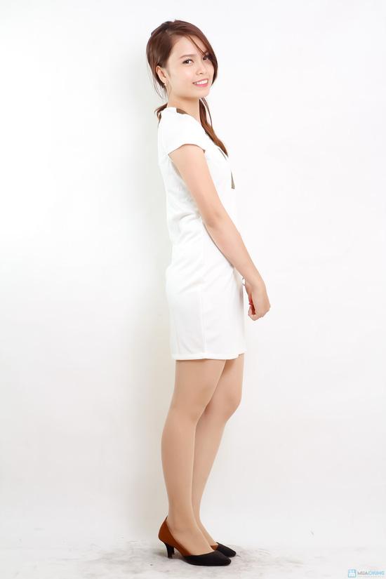 váy trắng pha viền cổ vàng ánh kim - 2