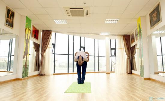 Yoga tại Trung tâm Shivom Yoga & Dance - 1