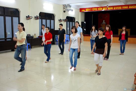 Khóa học khiêu vũ cơ bản tại 3F-Dance Club - Chỉ với 150.000đ - 1