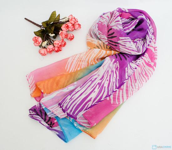 khăn tắm quấn đi biển cho bạn gái - 4