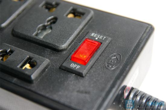 Ổ cắm điện 6 lỗ cắm VINAKIP dây dài 3m - 4