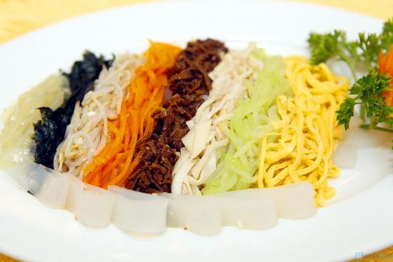 Set ăn cao cấp cho 4 người tại nhà hàng Bắc Triều Tiên - 7