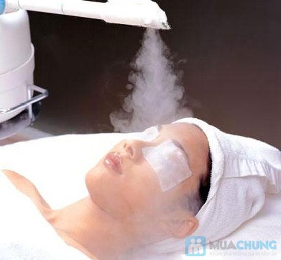 Massage trắng sáng da mặt bằng tinh chất đặc trị serum C tại Emvy Spa - Chỉ 69.000đ - 2