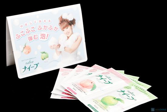 Combo 05 vỉ sữa tắm Naive Đào, Táo + 10 vỉ dầu gội, xả Ichikami + 10 gói giấy thấm dầu - 5