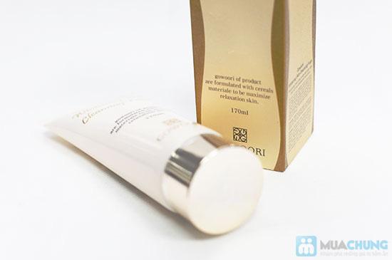 Sữa rửa mặt làm trắng và mịn da Gowoori - 7