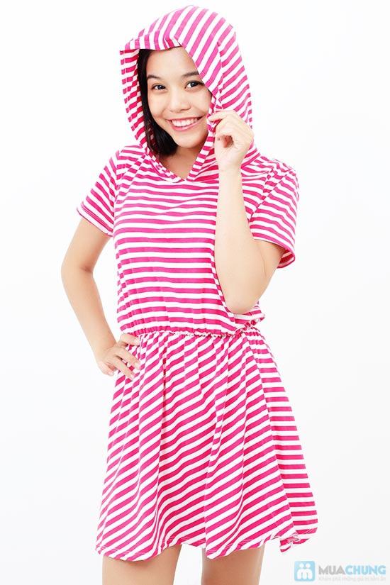 Áo đầm sọc có nón cực xinh - 1