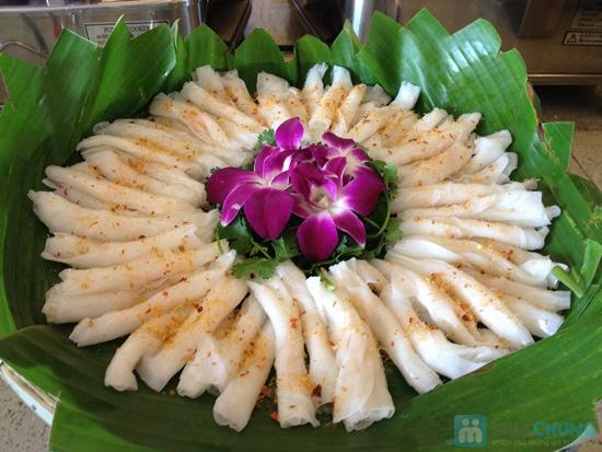 Buffet trưa (hơn 70 món) Á - Âu - Việt tại Nhà hàng Panorama (Khách sạn 3 sao New Epoch) - Chỉ 139.000đ - 2