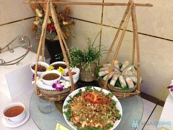 Buffet trưa (hơn 70 món) Á - Âu - Việt tại Nhà hàng Panorama (Khách sạn 3 sao New Epoch) - Chỉ 139.000đ - 4