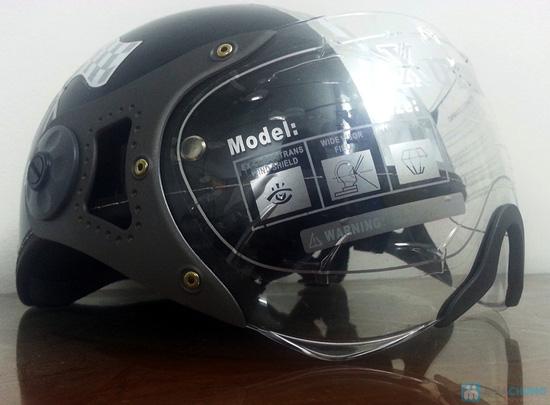 An toàn và thời trang khi lưu thông trên đường bằng xe máy với mũ bảo hiểm có kính chuẩn CR- chỉ 150.000đ - 3