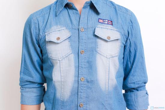 gân, trần ở ngực áo làm tăng nét tinh tế cho chiếc áo