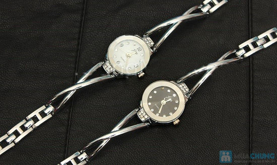 Đồng hồ lắc tay dành cho nữ - Món quà ý nghĩa, sang trọng - 9