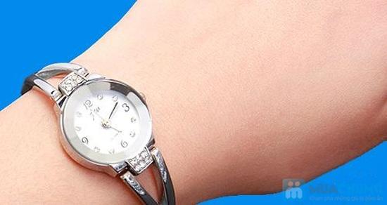 Đồng hồ lắc tay dành cho nữ - Món quà ý nghĩa, sang trọng - 12