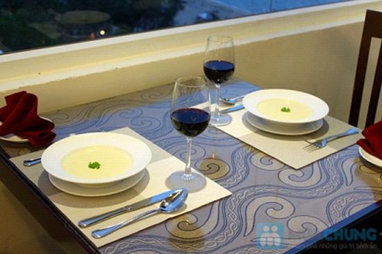 Bữa tối lãng mạn cho 2 người tại nhà hàng Sea View - Chỉ 315.000đ - 10