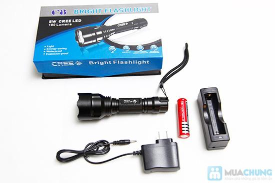 Đèn pin siêu sáng (tặng kèm pin sạc) - 4
