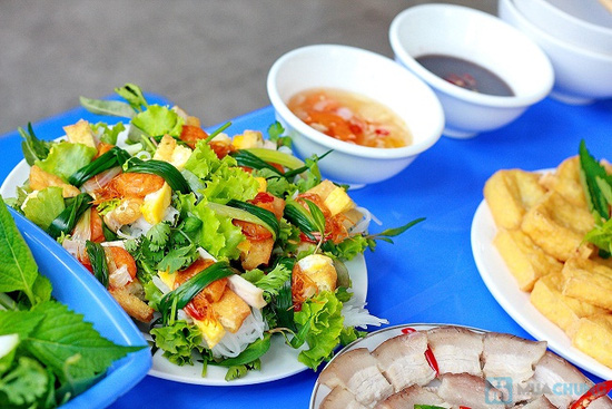 Set ăn bún đậu mắm tôm + cuốn Thủy Nguyên dành cho 02 người tại Quán Thơ - Chỉ 78.000đ - 6