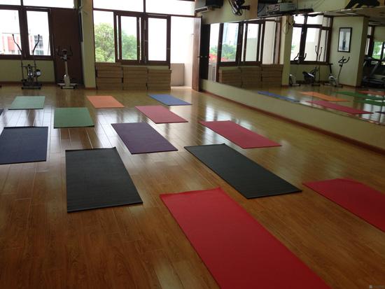 Khóa học Yoga cho bà bầu tại CLB Apollo Gym & Fitness - 9
