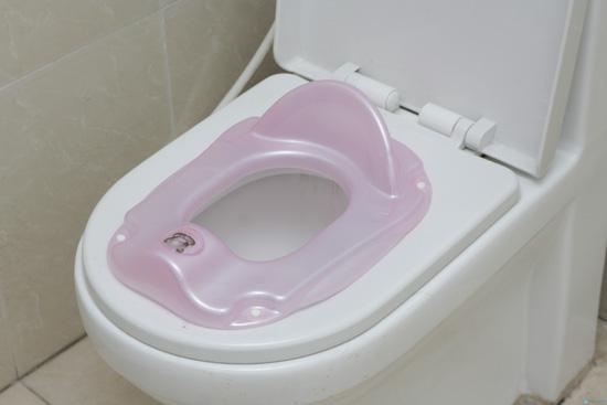 Ghế ngồi toilet cho bé yêu - 3