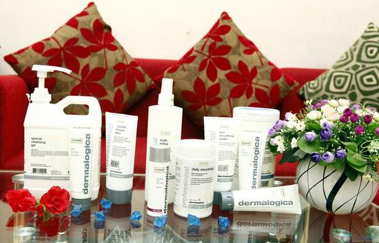 Chăm sóc mặt mụn bằng sản phẩm Dermalogica tại Spa Hoa Tuyết - 7