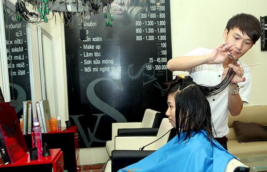 Trọn gói làm tóc kèm hấp tóc tại VS International - 7