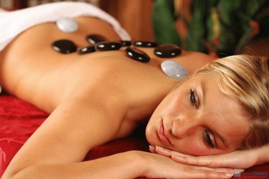 Massage body đá nóng hoặc Tẩy da chết toàn thân Ivy Spa  - 3