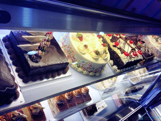 Set 8 bánh CupCake thơm ngon, đẹp mắt tại Afamily Cake - 17