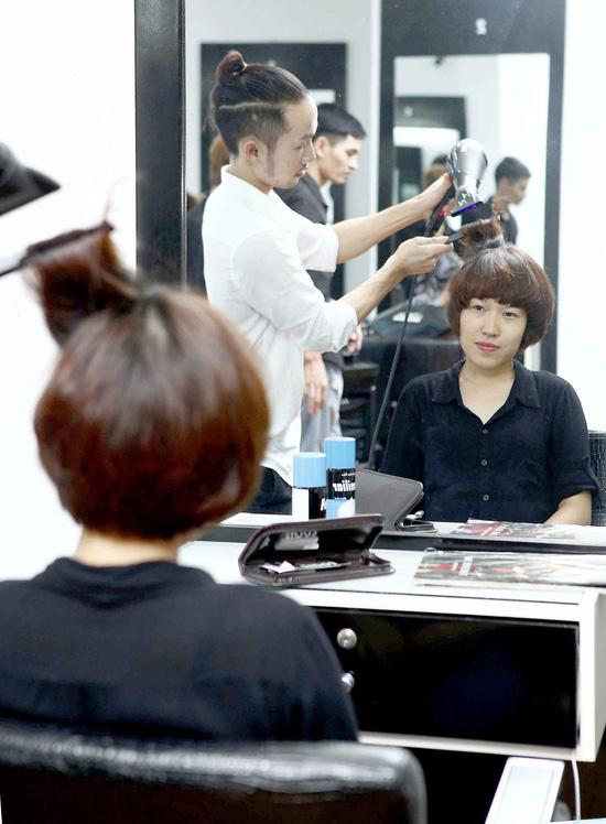 Trọn gói làm tóc tại Viện tạo mẫu tóc Louis - 5