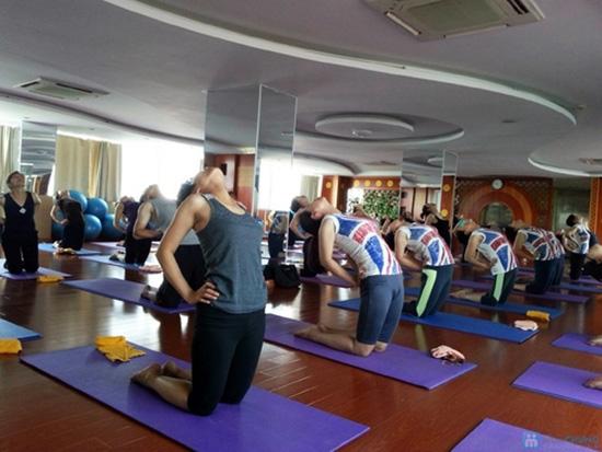 Tập Yoga với Master Avi và Master Amit - Giảng viên Ấn Độ tại Hương Anh Spa - 10